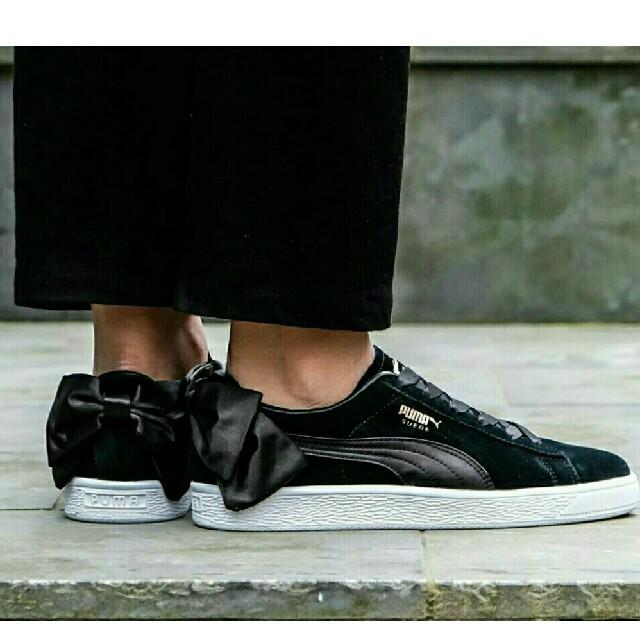 PUMA(プーマ)の最値定価9612円!新品!プーマ スエード ボウ リボンスニーカー 25.5cm レディースの靴/シューズ(スニーカー)の商品写真