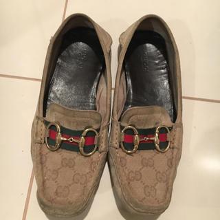 グッチ(Gucci)のGUCCI レディース  ドライビングシューズ(ローファー/革靴)