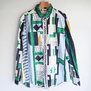 Flaph - flaph フラフ シャツ 総柄 グリーン 長袖 クリーニング済 日本製