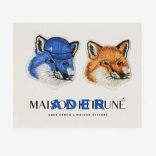 MAISON KITSUNE' - Maison Kitsune adererror