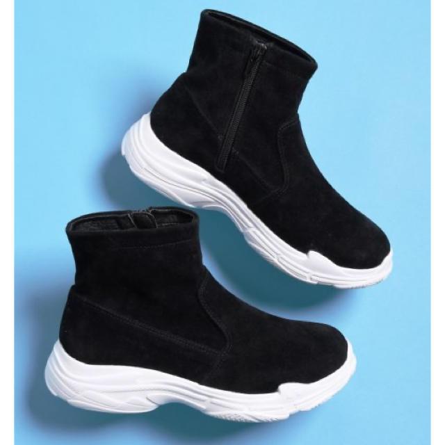 MAJESTIC LEGON(マジェスティックレゴン)の新品♡マジェスティックレゴン 大人気❣️スポーティー ブーツ 大特価‼️ レディースの靴/シューズ(ブーツ)の商品写真