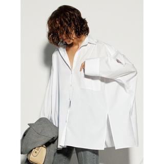 ミラオーウェン(Mila Owen)のポンチョ風ボリュームシャツ ミラオーウェン Mila Owen(シャツ/ブラウス(長袖/七分))