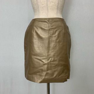 ●S434 used gold leather skirt(ひざ丈スカート)