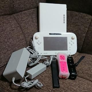 ウィーユー(Wii U)の7点 Wii U 本体 一式 セット リモコン センサーバー パッド(家庭用ゲーム機本体)