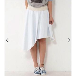 マウジー(moussy)のAvanLily 新品デニムスカート(ひざ丈スカート)