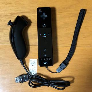 ウィー(Wii)のWiiリモコン&ヌンチャク(黒)(その他)