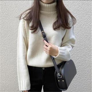GU - GU ローゲージタートルネックセーター ニット S 白 未使用品