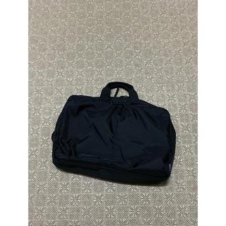 ユニクロ(UNIQLO)の3way business bag(ビジネスバッグ)