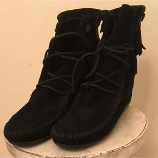 ミネトンカ(Minnetonka)のミネトンカ  新品  ブラック(ブーツ)