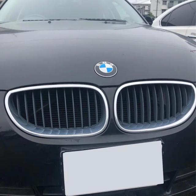 BMW(ビーエムダブリュー)のBMW 525i E60 純正グリル 自動車/バイクの自動車(車種別パーツ)の商品写真