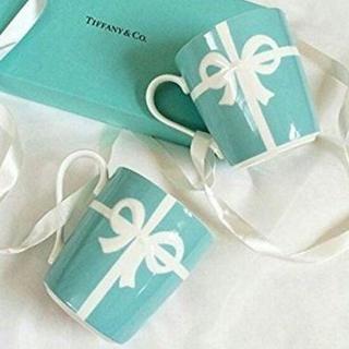 ティファニー(Tiffany & Co.)の【TIFFANY&CO.】ティファニーブルーボックスマグカップペアセット新品(グラス/カップ)