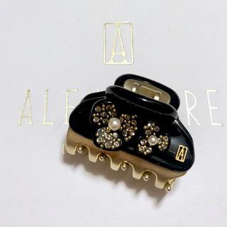 アレクサンドルドゥパリ(Alexandre de Paris)のアレクサンドルドゥパリ クリップ カメリアモナコ ブラック 4.5(バレッタ/ヘアクリップ)