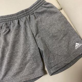 adidas - 【キッズ・アディダス・ハーフパンツ・ 160㌢】