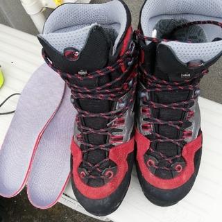 mont bell - マムート登山靴 スカルパ パタゴニア ゴアテック モンベル ホグロフス ミレー