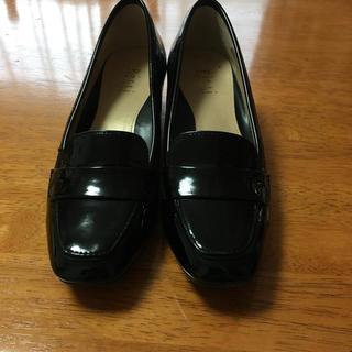 ピッティ(Pitti)のP i t t i  エナメル靴(ハイヒール/パンプス)