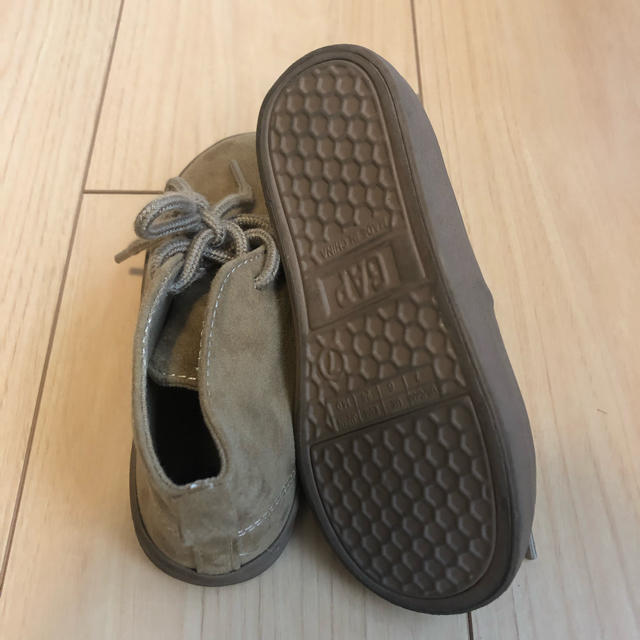 babyGAP(ベビーギャップ)の美品 babygap スエード ブーツ 14cm キッズ/ベビー/マタニティのベビー靴/シューズ(~14cm)(ブーツ)の商品写真