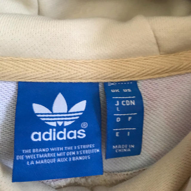 adidas(アディダス)の激レア adidas × Farm MULTI FLOWER HOODIE  L レディースのトップス(パーカー)の商品写真
