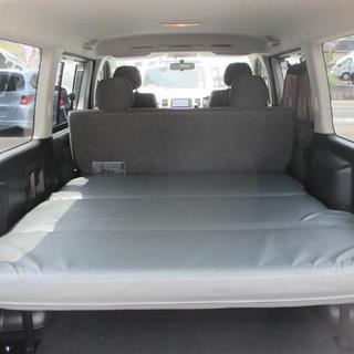 ハイエース200系用 リクライニング機能付きベッドキット(車内アクセサリ)