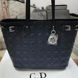 クリスチャンディオール(Christian Dior)のchristian diorトートバッグ(トートバッグ)