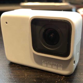 GoPro - Gopro hero7 White (3-Wayマウント付いてきます!)