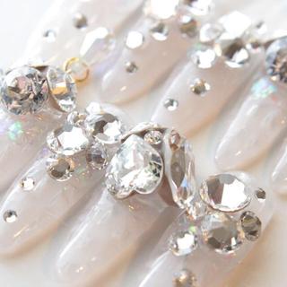 ホワイトステンドグラスネイル コスメ/美容のネイル(つけ爪/ネイルチップ)の商品写真