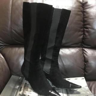 シャネル(CHANEL)のCHANEL スエードロングブーツ(ブーツ)