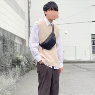 スピンズ(SPINNS)の【完売モデル】SPINNS クルーネックニットベスト(ニット/セーター)