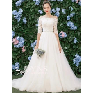 ヴェラウォン(Vera Wang)のウエディングボレロ(ウェディングドレス)