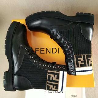 FENDI - FENDI フェンディブーツ  22.5-24.5cm