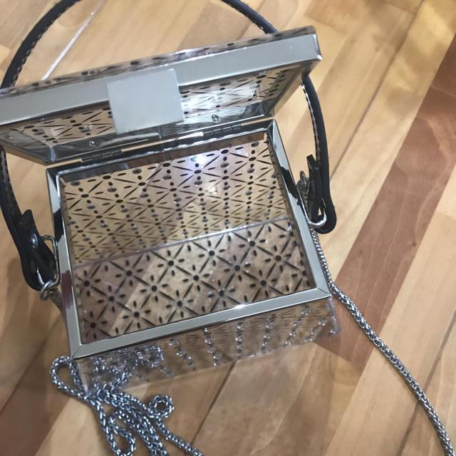 ZARA(ザラ)のZARAグリッターディールクリアバケットバッグ レディースのバッグ(クラッチバッグ)の商品写真