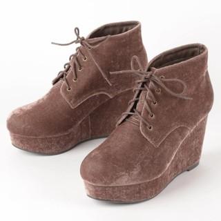 セシルマクビー(CECIL McBEE)の【美品】ベルベットレースアップブーツ(ブーツ)