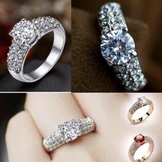 SWAROVSKI - ✨定価9800円✨★SWAROVSKI★ 結婚指輪  K18 プラチナ