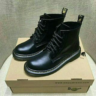 ドクターマーチン(Dr.Martens)のDr. Martens ドクターマーチン ブーツ 6ホール 黒 UK4(ブーツ)