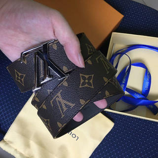 LOUIS VUITTON - LOUIS VUITTON ベルト