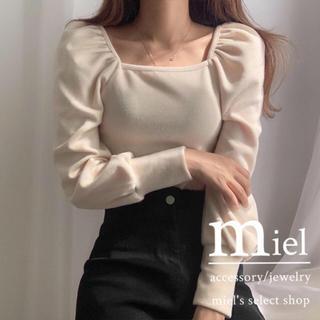 スナイデル(snidel)のpuff sleeve square neck tops/パフスリーブ トップス(カットソー(長袖/七分))
