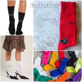ザラ(ZARA)の薄手素材♡レディース靴下赤ソックス♪バレンシアガzaraxgirlmilkfed(ソックス)