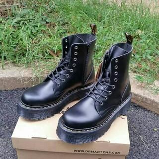 ドクターマーチン(Dr.Martens)の超人気UK6ドクターマーチン Dr.Martens 新品 厚底ブーツ 革靴 (ブーツ)