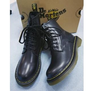 Dr.Martens - Dr. Martensドクターマーチン 8ホールブーツ 黒 耐寒性 UK5