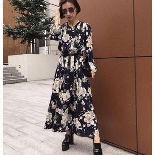 アメリヴィンテージ(Ameri VINTAGE)のAmeri VINTAGE BLOSSOM PLEATS DRESS(ロングワンピース/マキシワンピース)