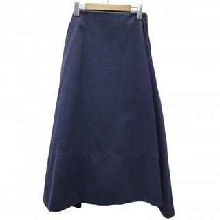 マディソンブルー(MADISONBLUE)の新品 マディソンブルー バックサテンフレアスカート 01(ロングスカート)