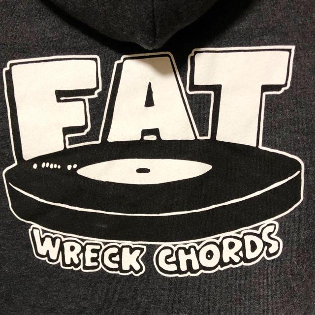HIGH!STANDARD(ハイスタンダード)の廃番品❗️未使用 FAT WRECK CHORDS パーカー XL ハイスタ エンタメ/ホビーのタレントグッズ(ミュージシャン)の商品写真