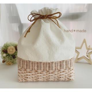 ♡刺繍生地の巾着♡ランチバッグ♡お弁当袋♡ワックスコード使用♡