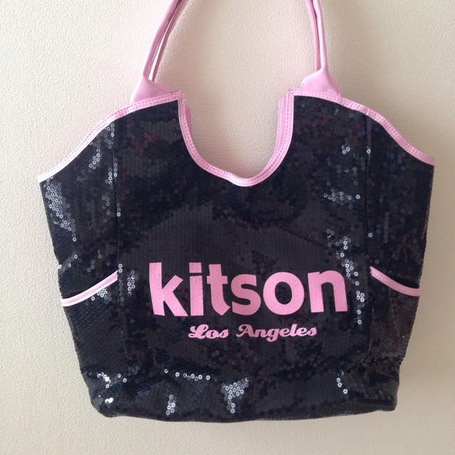 38a5b686992b KITSON - Kitson スパンコールバッグの通販 by miki's shop|キットソン ...