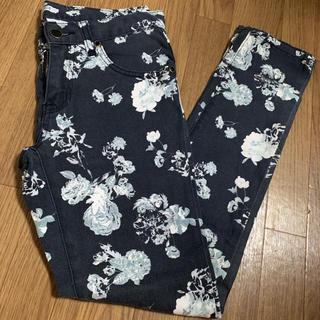 リップサービス(LIP SERVICE)のLIPSERVICE 花柄パンツ 柄パンツ 綿パンツ(カジュアルパンツ)
