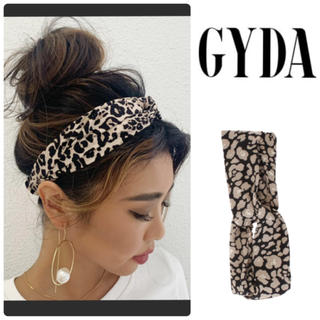 GYDA - 新品 GYDA クロスヘアバンド  ヘアバンド