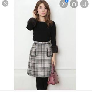 アプワイザーリッシェ(Apuweiser-riche)のアプワイザー ♡タイトスカートポケット刺繍(ひざ丈スカート)