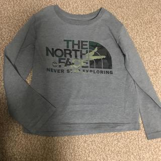 ザノースフェイス(THE NORTH FACE)のノースフェイス ロングスリーブ カモフラージュロゴ Tシャツ 120サイズ(Tシャツ/カットソー)
