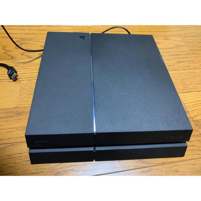 SONY(ソニー)のPS4本体500GB  コントローラー イヤホン、HDMI acアダプター付き エンタメ/ホビーのゲームソフト/ゲーム機本体(家庭用ゲーム機本体)の商品写真