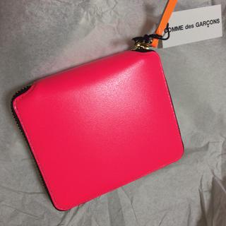 コムデギャルソン(COMME des GARCONS)の新品未使用 コムデギャルソン 財布 ネオンピンク(財布)