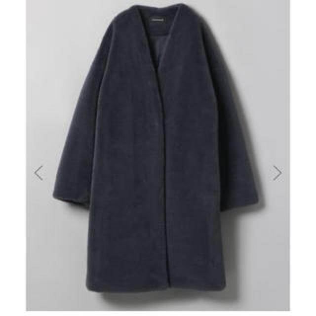 JEANASIS(ジーナシス)の年末値引きSALE!JEANASIS ノーカラーファーコート レディースのジャケット/アウター(ノーカラージャケット)の商品写真